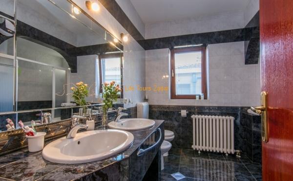 bathroom 1 part
