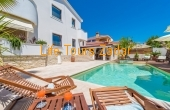 Villa Jasmin with pool
